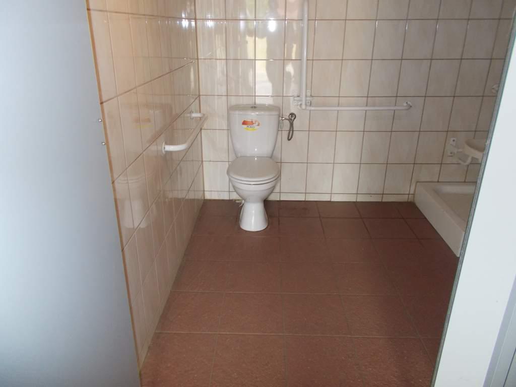 WC dla niepełnosprawnych