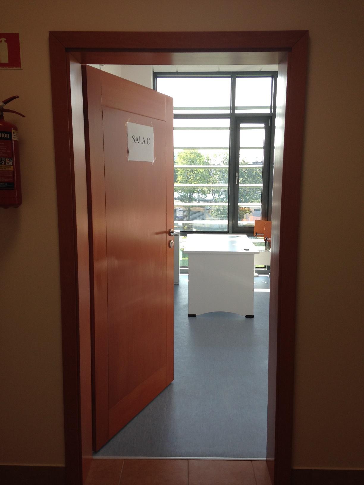Wejście do sali wykładowej C.